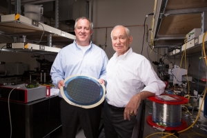 MIT-photonics-wafer_bv02_0