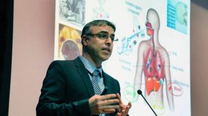 Cancer Sniffing Nose The-Technion-Ron-Arad-Dinner-The-Technion-UK_Prof_Hosaim-Haick_Cancer-Sniffing_Nose_Lecture-2-635x357