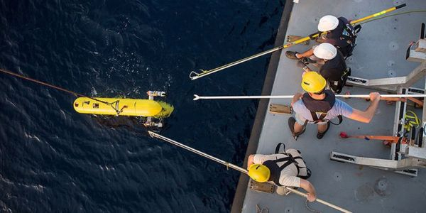 Underwater Drone landscape-1432240925-lede
