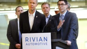 Rivian-autonotive-governor-rauner-illinois-620x350