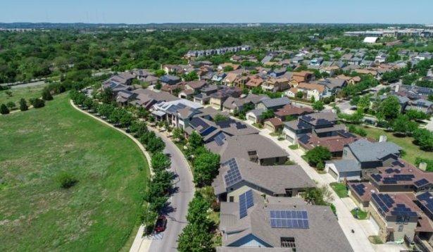 Rooftop_Solar_Community_Austin_Texas_Shutterstock_XL_721_420_80_s_c1
